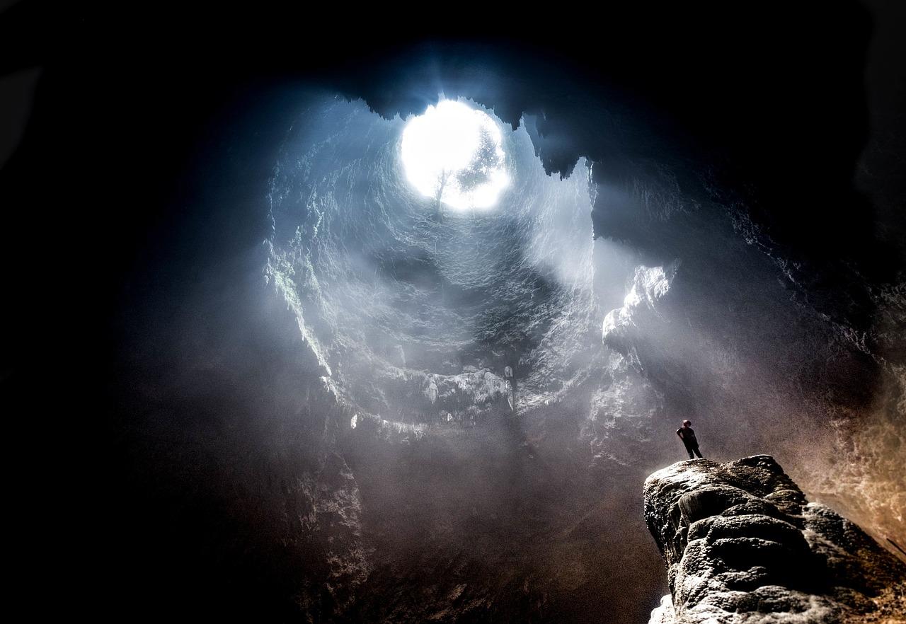 の 洞窟 プラトン